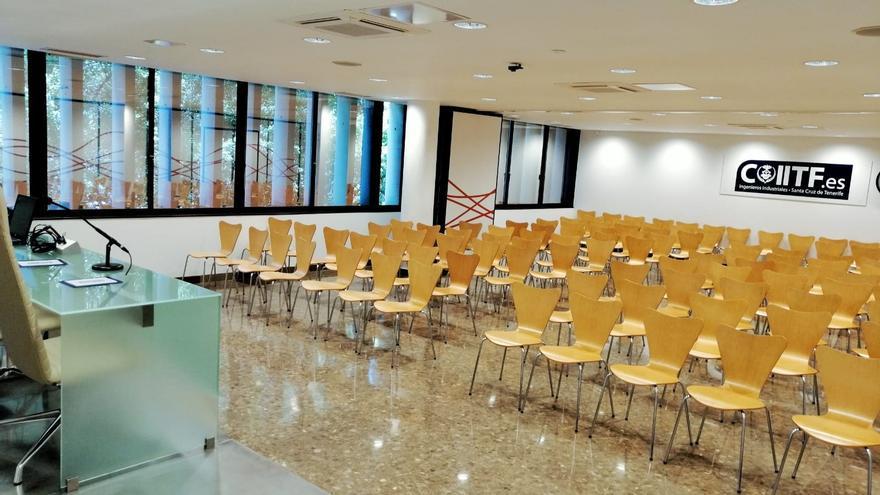 Sala del Colegio Oficial de Ingenieros Industriales en Santa Cruz de Tenerife