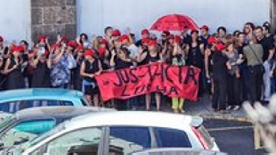 Manifestación de los funcionarios de Justicia, este viernes en Las Palmas de Gran Canaria.
