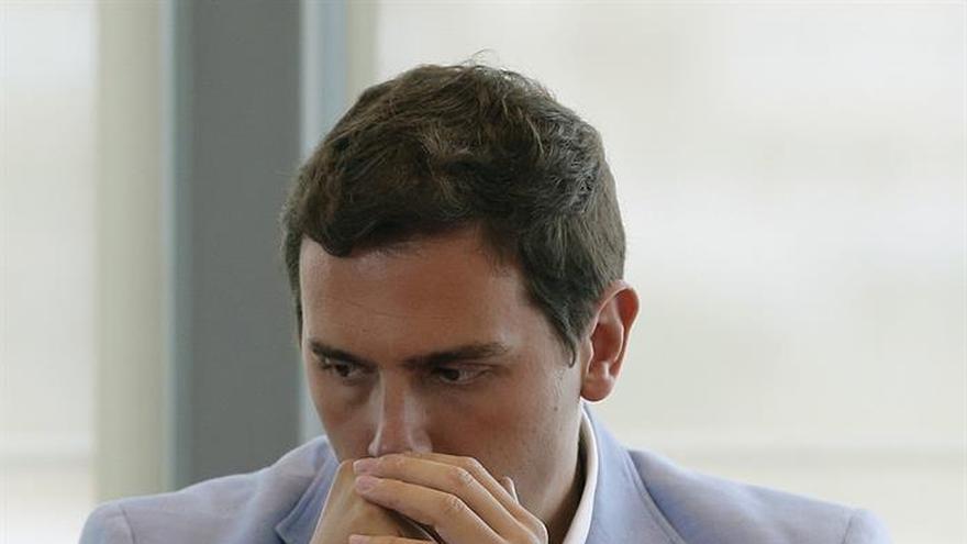 Rivera cree que el PP gobernará en minoría con la abstención del PSOE y C's será oposición