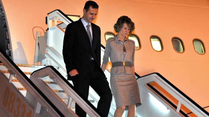 La esposa de Al Asad asegura que rechazó muchas ofertas para abandonar Siria