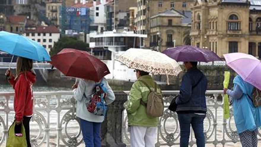 Las fuertes tormentas siguen y se alzan protagonistas de días muy inestables