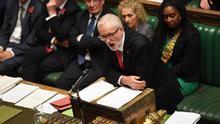 Los laboristas apoyan el adelanto electoral propuesto por Johnson ante el bloqueo por el Brexit