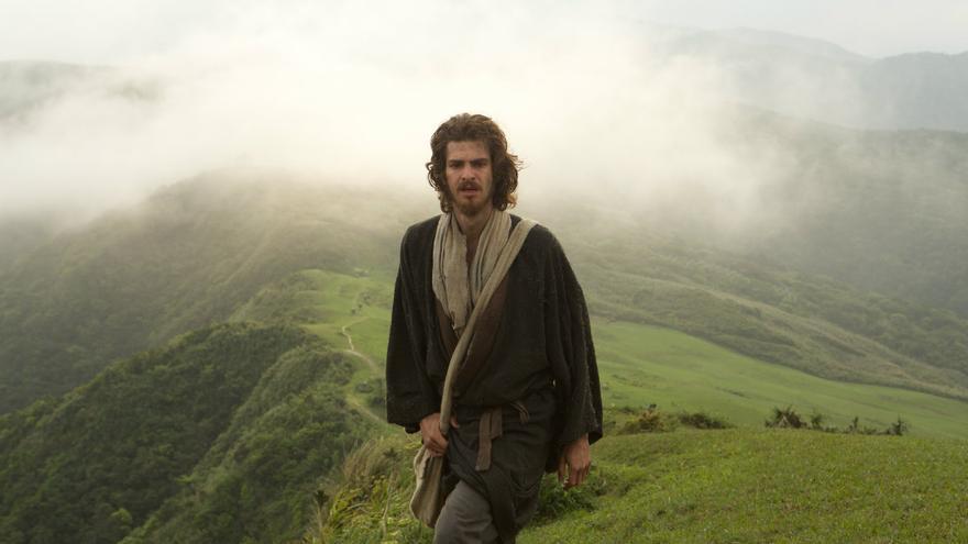 Andrew Garfield interpreta al padre Sebastián Rodrigo. DeAPlaneta.