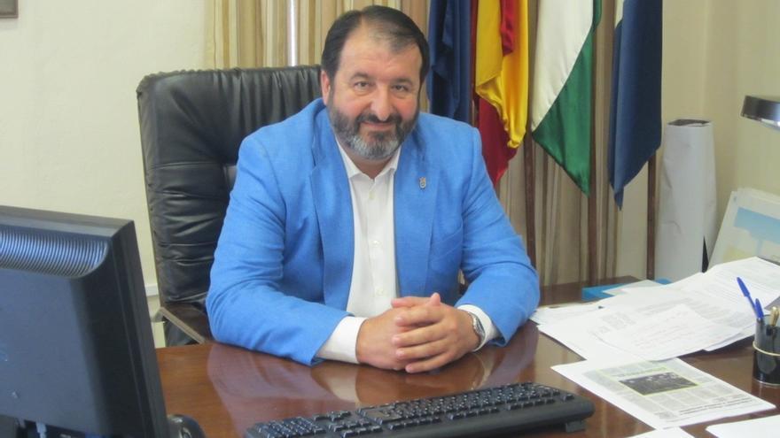 El alcalde en funciones de Carmona, Juan Ávila (PP).