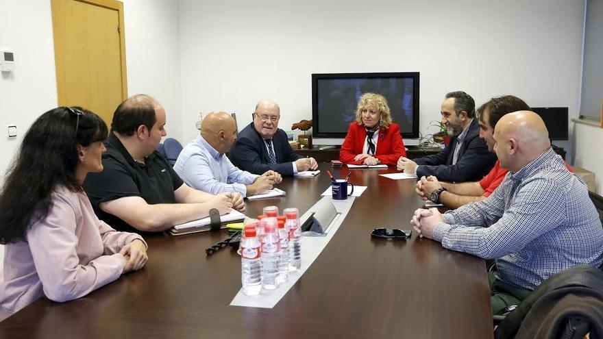 El Gobierno cántabro trabaja en un plan para garantizar el futuro de la planta de Sidenor