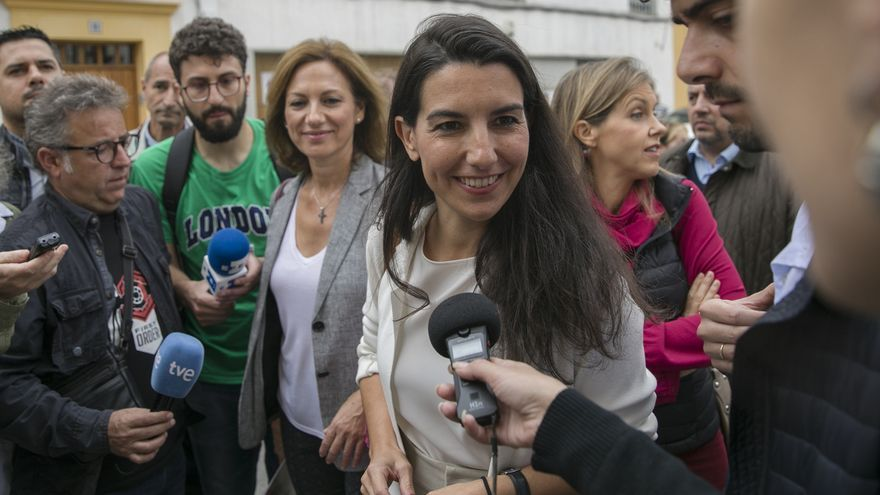 """Monasterio critica que Sánchez no se centre en """"poner orden"""" en Cataluña, donde """"terroristas"""" han tomado las calles"""