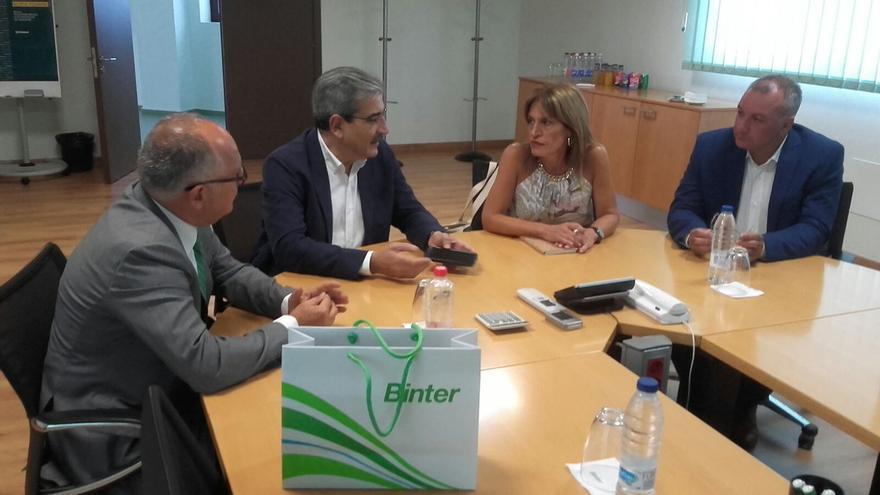 Reunión de los responsables de Nueva Canarias y Binter.