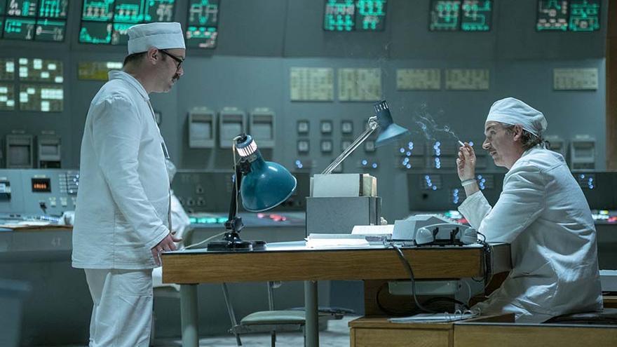 El director de la central nuclear de Chernóbil' en un episodio de la serie.