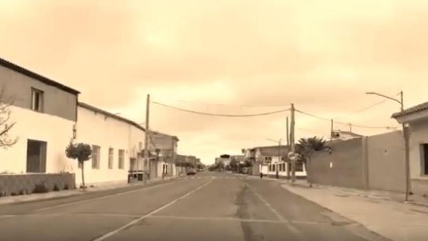 Calle vacía de Argamasilla de Alba