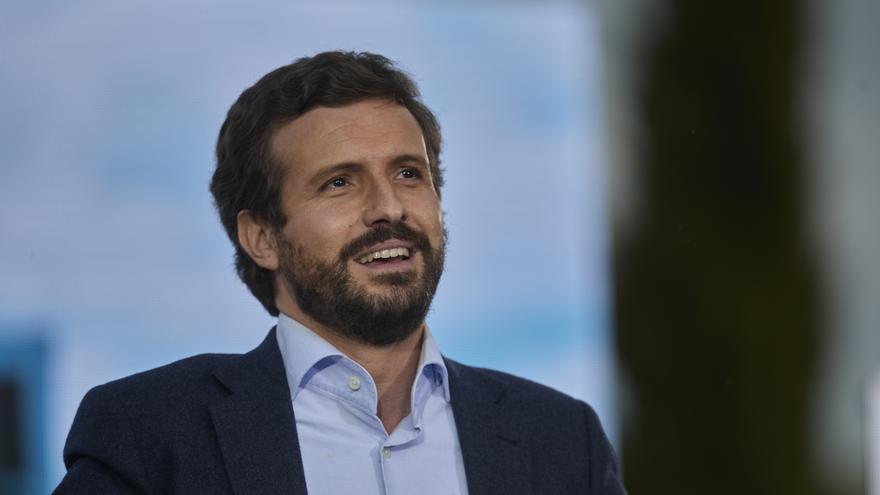 El presidente del PP, Pablo Casado interviene en el último acto de campaña del partido, en el barrio de Salamanca, a 2 de mayo de 2021, en Madrid (España).