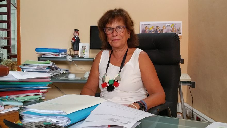La abogada Milagros Fuentes en su despacho de la capital. Foto: LUZ RODRÍGUEZ.