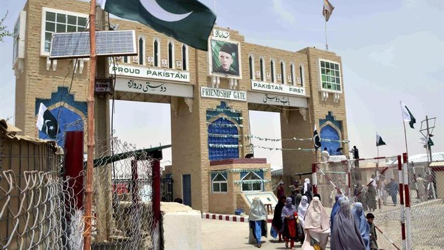 Pakistán reabre puesto fronterizo con Afganistán tras dos semanas de cierre