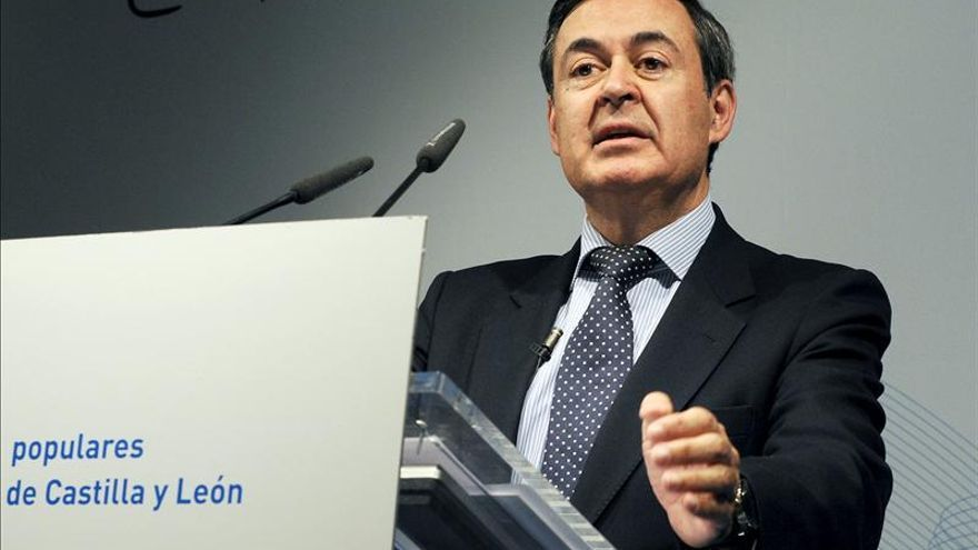 Iranzo dimite de un instituto económico de Alicante por las tarjetas opacas