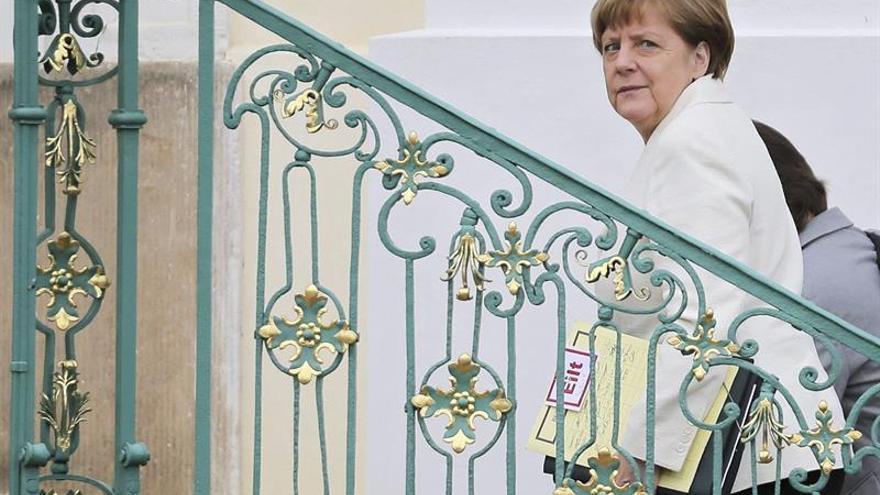 El acercamiento de Merkel a Erdogan acrecienta la caída de popularidad de la CDU