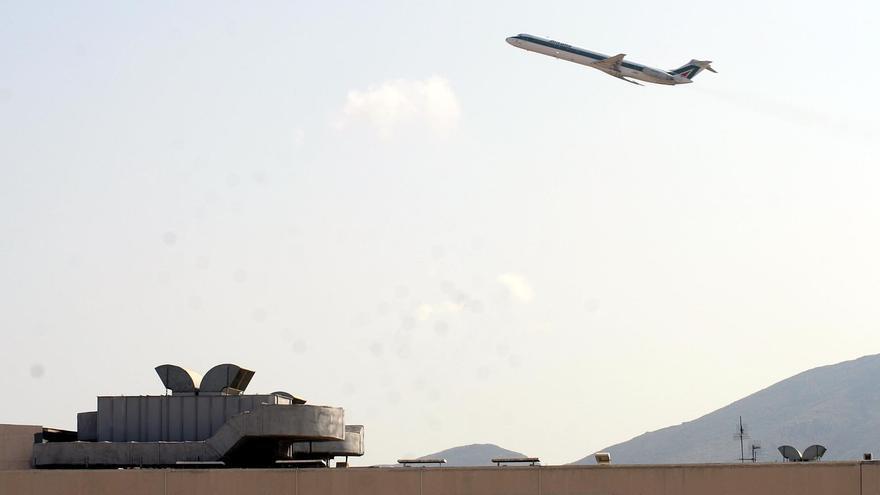 El tráfico aéreo mundial de pasajeros aumentó un 3,4% en julio, según la IATA