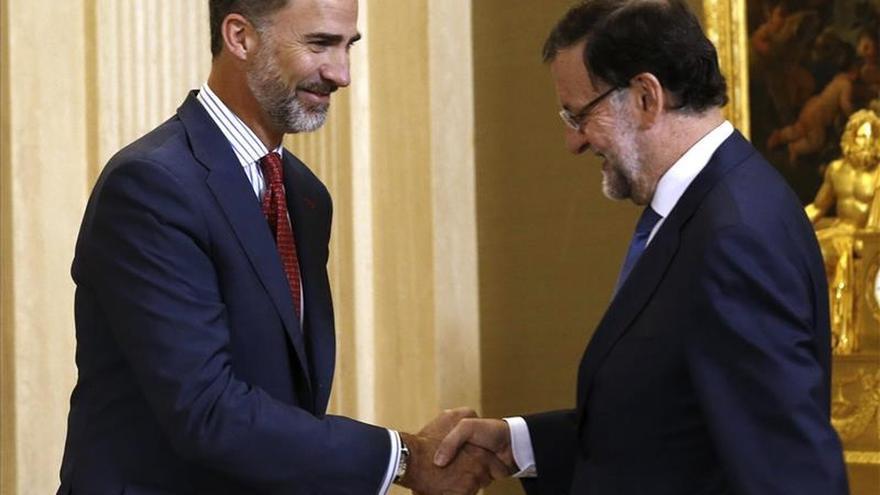 Rey y Rajoy hablarán en Marivent de economía, la situación política y Cataluña
