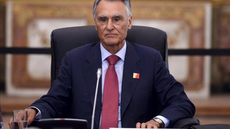 Cavaco Silva cree que Grecia debe corregir su posición para lograr un acuerdo