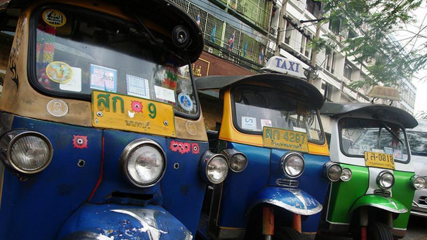 Tuk Tuks, los famosos triciclos de Sri Lanka. Bernard Spragg