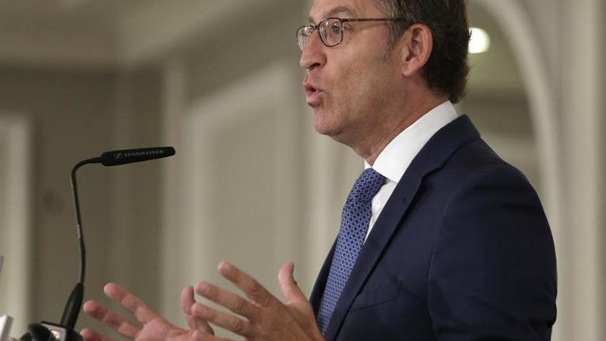 """Feijóo acusa a Sánchez de tener """"secuestrado"""" al país, con riesgo de colapso"""