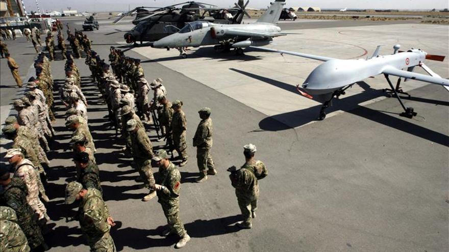 Mueren tres miembros de la OTAN al estrellarse su avión en Afganistán