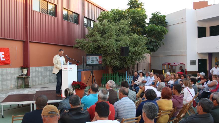 Un instante del mitin del PSOE en Valle Gran Rey