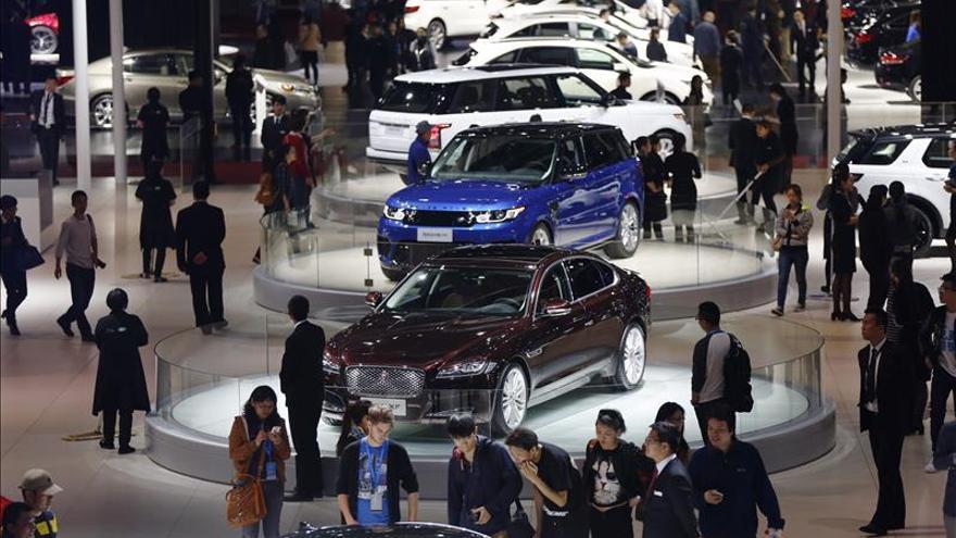 Las ventas de automóviles en China bajaron un 3 % en agosto