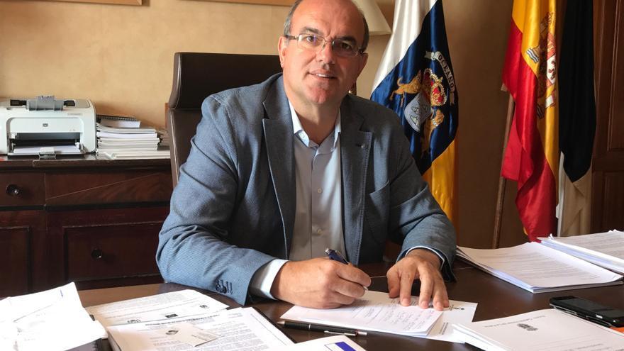 El Cabildo realiza la mayor inversión de su historia para mejorar las carreteras de La Palma