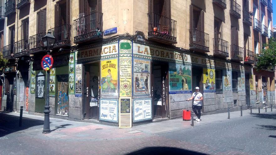 El Café Farmacia, en lo que fue la histórica Farmacia Juanse   SOMOS MALASAÑA