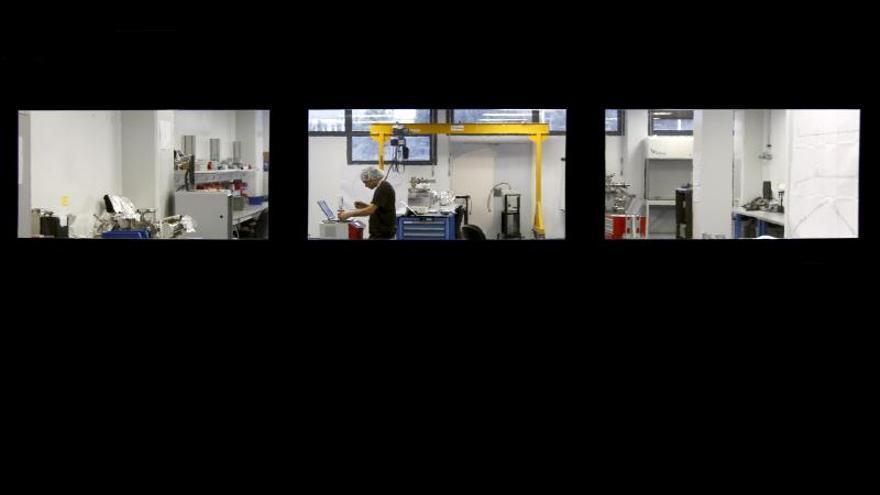 Fotografía de archivo de un científico trabajando en uno de los laboratorios del sincrotrón ALBA.