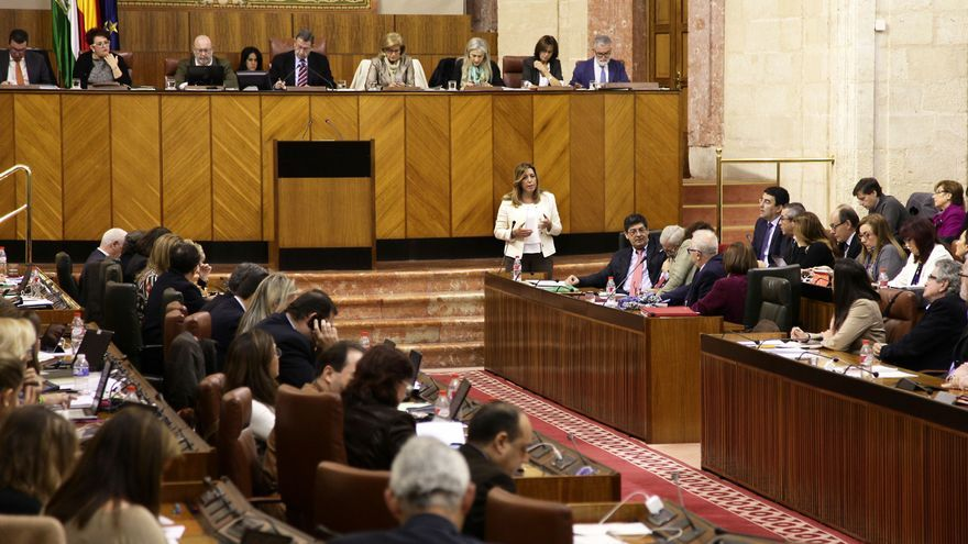Pleno del Parlamento de Andalucía de diciembre de 2014.