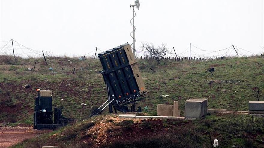 El ejército sirio dice que Israel ha bombardeado instalación militar en Siria