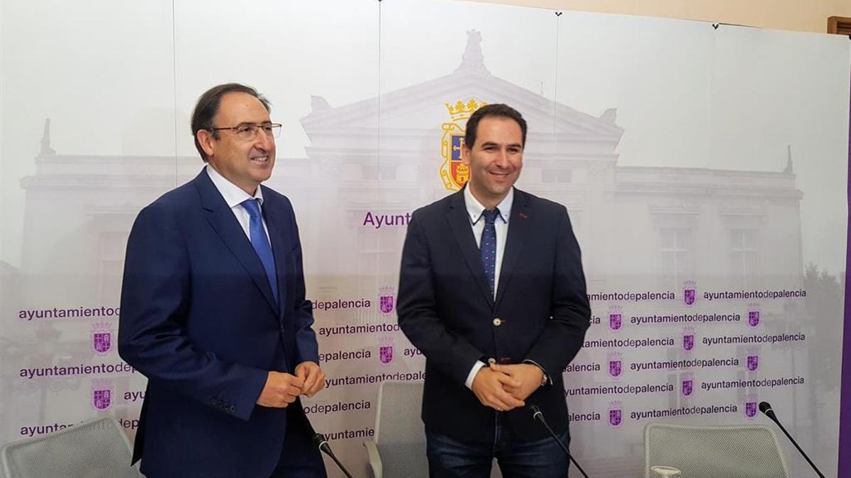 Alfonso Polanco y Mario Simón, en una imagen de archivo antes de que empezara la pandemia.