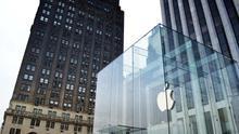 Por qué Apple se ha aliado con sus viejos enemigos para conquistar el mercado corporativo