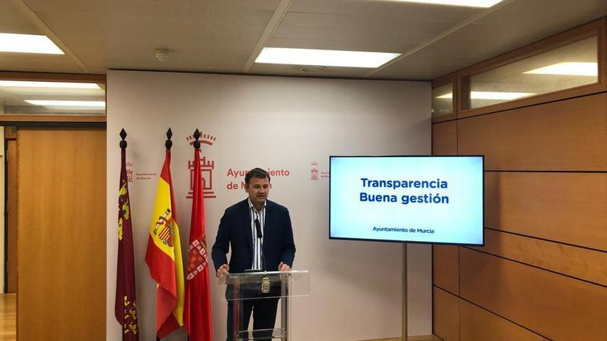 El concejal de Personal, Marco Antonio Fernández Esteban