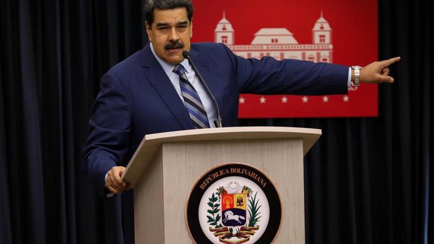 Nicolás Maduro encabeza la lista de 93 venezolanos impedidos de ingresar a Perú