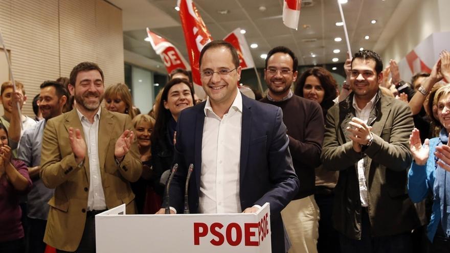 """Luena insiste en que los pactos y alianzas son una decisión """"que corresponde al conjunto"""" del PSOE"""