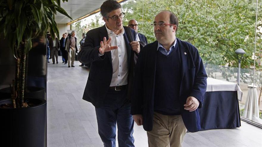 """Iceta: Puigdemont """"no tiene derecho"""" a no ir a la cumbre sobre financiación"""