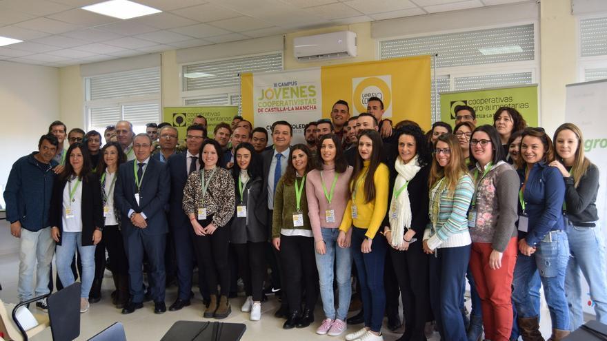 Participantes en el Campus de Jóvenes Cooperativistas