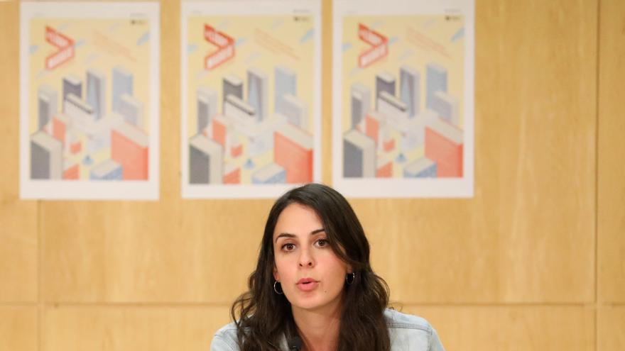 Rita Maestre con algunos de los libros elegidos por los madrileños / Foto: Ayuntamiento de Madrid