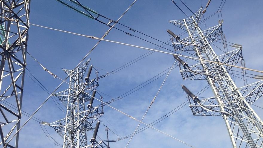 La demanda de electricidad desciende un 0,9% en noviembre