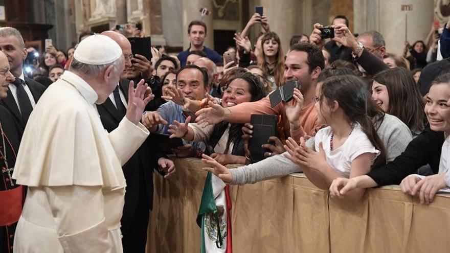 """El Papa pide a los jóvenes recorrer el camino hasta la JMJ de Panamá """"sin miedo"""""""