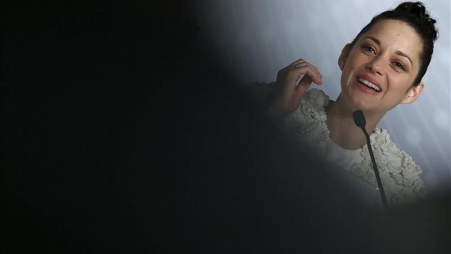 """Marion Cotillard se """"encierra"""" en defensa de los activistas de Greenpeace"""