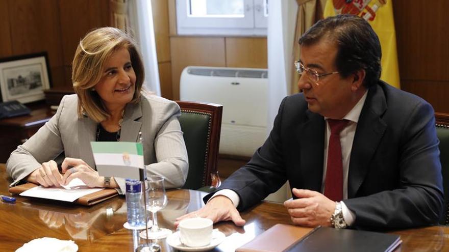 """Vara dice que el pacto Gobierno-PSOE sobre Cataluña es """"oportunidad"""" de hablar"""