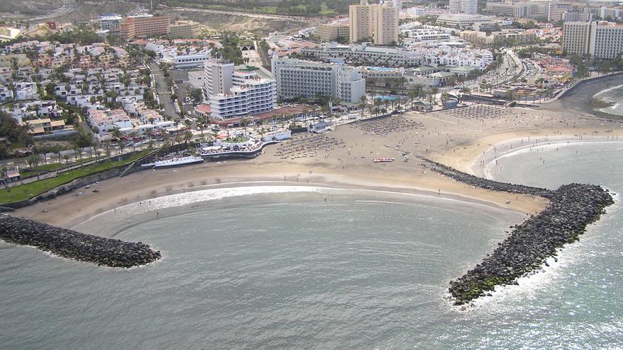 Playa de Las Américas, una de las principales zonas turísticas de Tenerife.