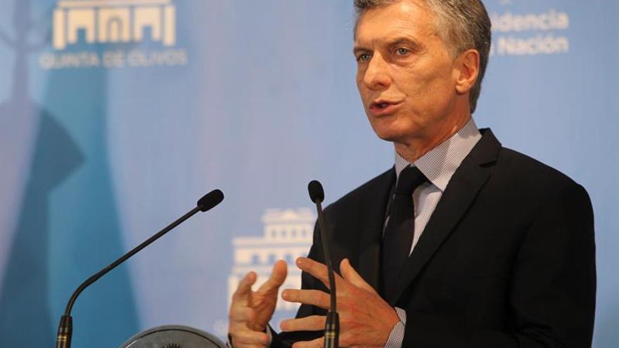 """Macri dice que Cristina Fernández quiere """"inventarse una realidad propia"""""""
