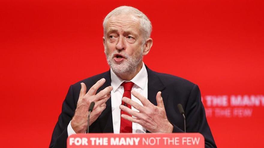 """Corbyn presenta al Laborismo como el partido que liderará el país ante el """"brexit"""""""