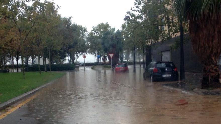 Las lluvias han provocado problemas también en la ciudad de Valencia