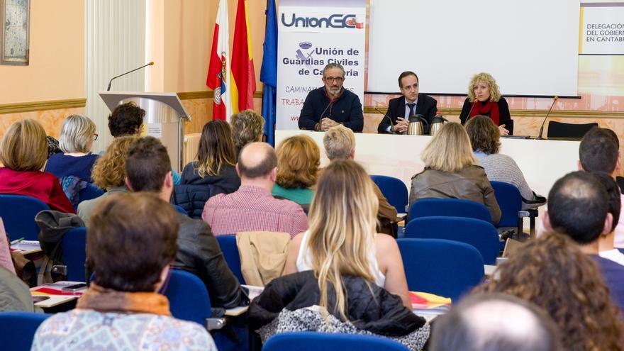 Díaz Tezanos reafirma el compromiso del Ejecutivo en la lucha contra la violencia de género