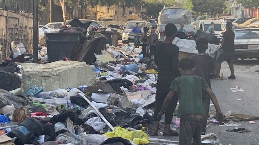 Malvivir en un Líbano sin medicinas, electricidad ni combustible