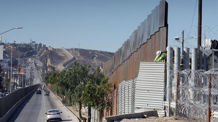 """EE.UU. ataca el Pacto de la ONU por """"globalizar"""" decisiones sobre la inmigración"""